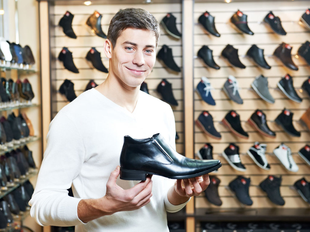 a7fb1e5c4b Calzature uomo: i modelli che ogni uomo dovrebbe avere - Calzature Mai